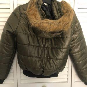 Boo Hoo Puffer Jacket w Faux Fur Hood
